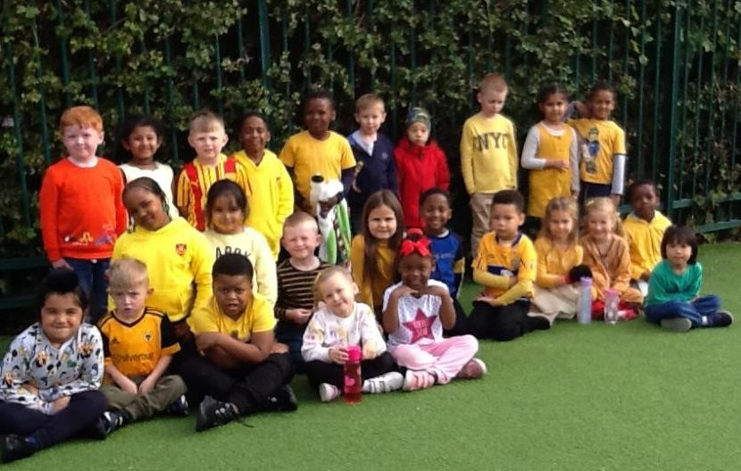 Class 1 wearing yellow for mental health awareness